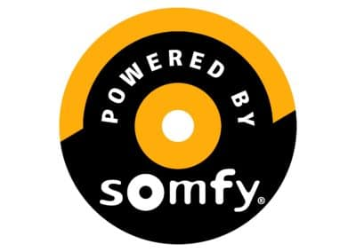 powered-by-somfy-logo
